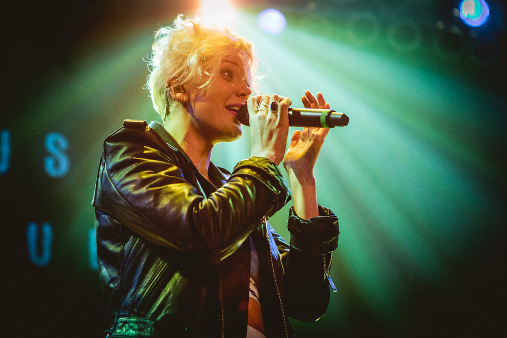 BettyWho-2935